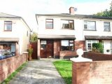 2 Woodview Park, Castleknock, Dublin 15, West Co. Dublin - Semi-Detached House / 3 Bedrooms, 1 Bathroom / €320,000