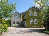 563 Doagh Road, Newtownabbey, Co. Antrim, BT36 5BT - Detached House / 4 Bedrooms, 2 Bathrooms / £295,000