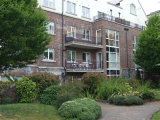 Apt 209, Grace Park Manor, Drumcondra, Dublin 9, North Dublin City, Co. Dublin - Apartment For Sale / 3 Bedrooms, 2 Bathrooms / €300,000