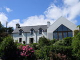 Dunbeacon, Durrus, West Cork, Co. Cork - Detached House / 3 Bedrooms, 2 Bathrooms / €295,000