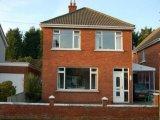 16 Knockcastle Park, Sandown, Belfast, Co. Down, BT5 6NA - Detached House / 4 Bedrooms, 1 Bathroom / £225,000