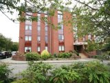 12 Alma Court, Alma Road, Monkstown, South Co. Dublin - Apartment For Sale / 2 Bedrooms, 2 Bathrooms / €250,000