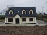 Clar, Redcastle, Co. Donegal - Bungalow For Sale / 5 Bedrooms, 3 Bathrooms / €320,000