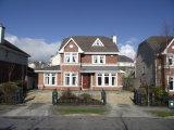 136 Laraghcon, Lucan, West Co. Dublin - Detached House / 5 Bedrooms, 4 Bathrooms / €665,500