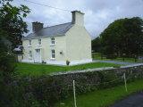 Cloonena, Kilconnel, Co. Galway - Detached House / 3 Bedrooms, 2 Bathrooms / €225,000