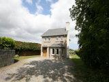 31 Highridge Green, Off Upper Kilmacud Road, Stillorgan, South Co. Dublin - Detached House / 3 Bedrooms, 2 Bathrooms / €519,000