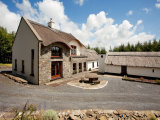 Carrowkeel Cottage, Carrowkeel West, Inagh, Co. Clare - Detached House / 6 Bedrooms, 5 Bathrooms / €1,400,000
