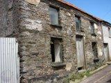 OLD BARRACK ROAD, Bantry, West Cork - Semi-Detached House / 3 Bedrooms, 1 Bathroom / €49,000