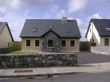 Cois Clocha, Lisdoonvarna, Co. Clare, Lisdoonvarna, Co. Clare - Detached House / 4 Bedrooms, 3 Bathrooms / €200,000